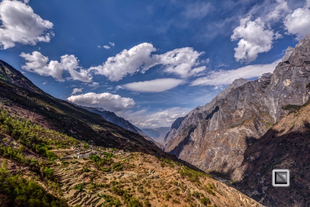 China - Yunnan - Tiger Leaping Gorge-10
