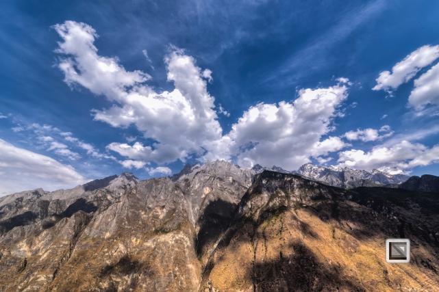 China - Yunnan - Tiger Leaping Gorge-13