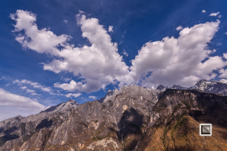 China - Yunnan - Tiger Leaping Gorge-14