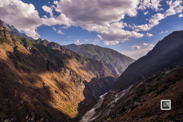 China - Yunnan - Tiger Leaping Gorge-15
