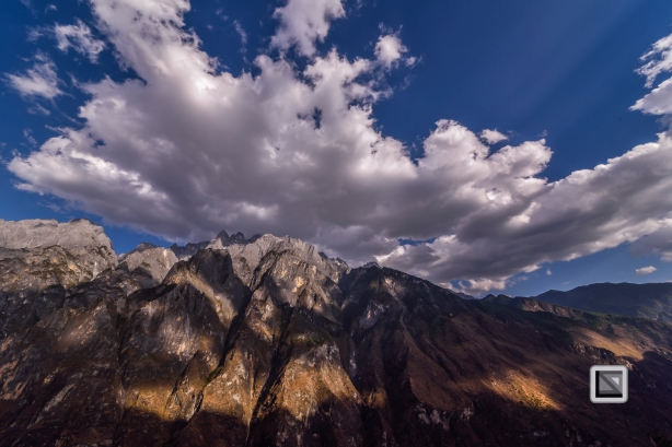 China - Yunnan - Tiger Leaping Gorge-16