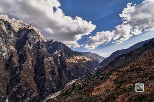 China - Yunnan - Tiger Leaping Gorge-17