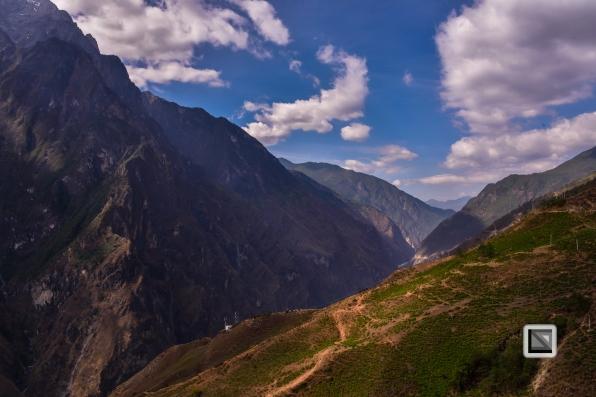 China - Yunnan - Tiger Leaping Gorge-18