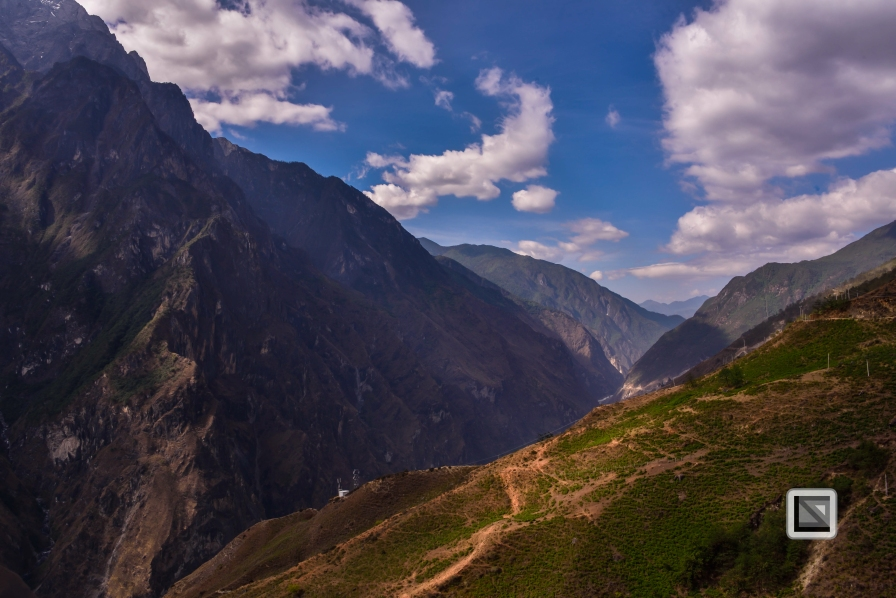 China - Yunnan - Tiger Leaping Gorge-18