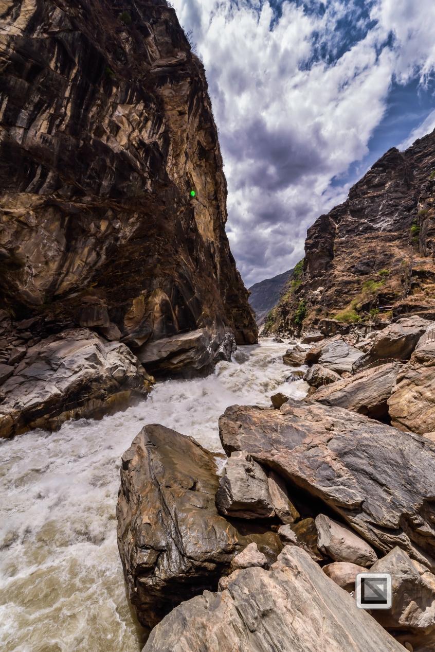 China - Yunnan - Tiger Leaping Gorge-21