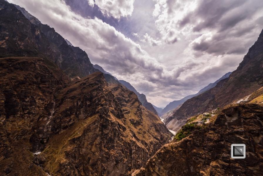 China - Yunnan - Tiger Leaping Gorge-23