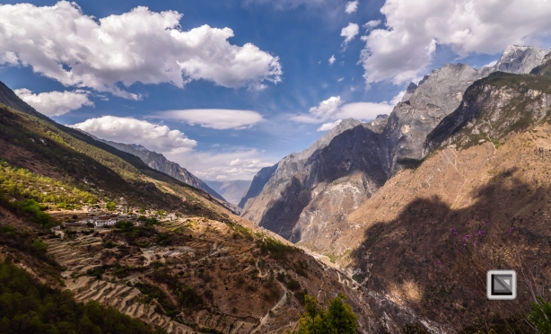 China - Yunnan - Tiger Leaping Gorge-9