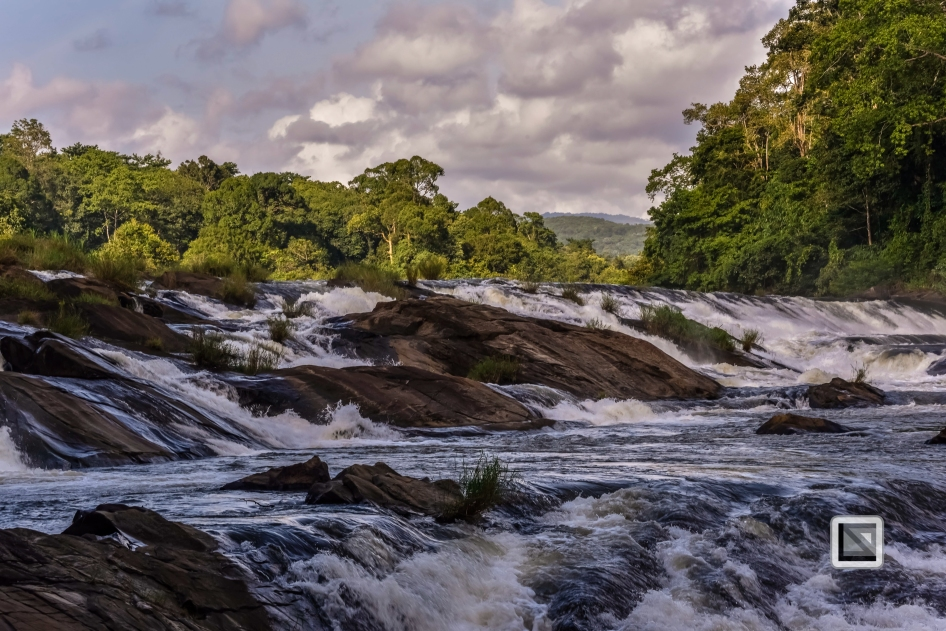 India - Kerala - Athirapally Falls-3