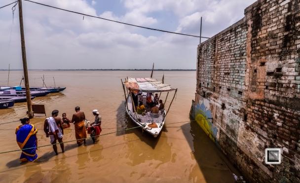India - West Bengal - Varanasi-60