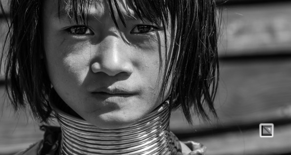 Padaung black n white portraits-12
