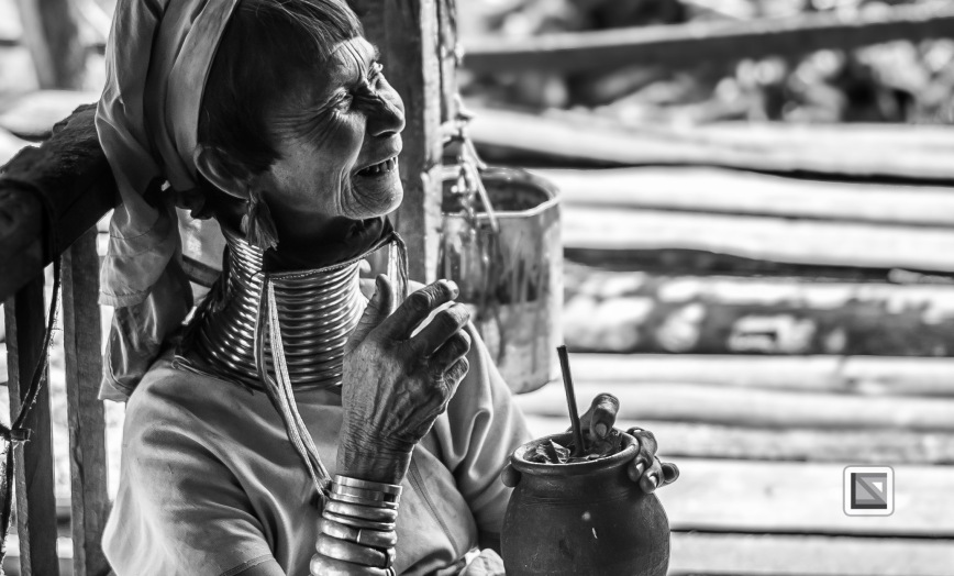 Padaung black n white portraits-14