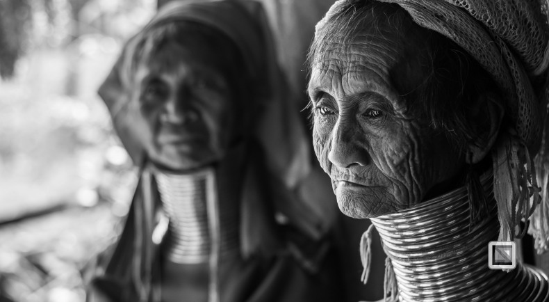 Padaung black n white portraits-17