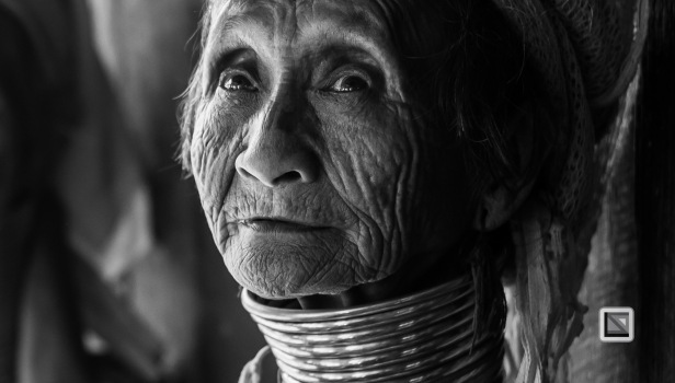 Padaung black n white portraits-18