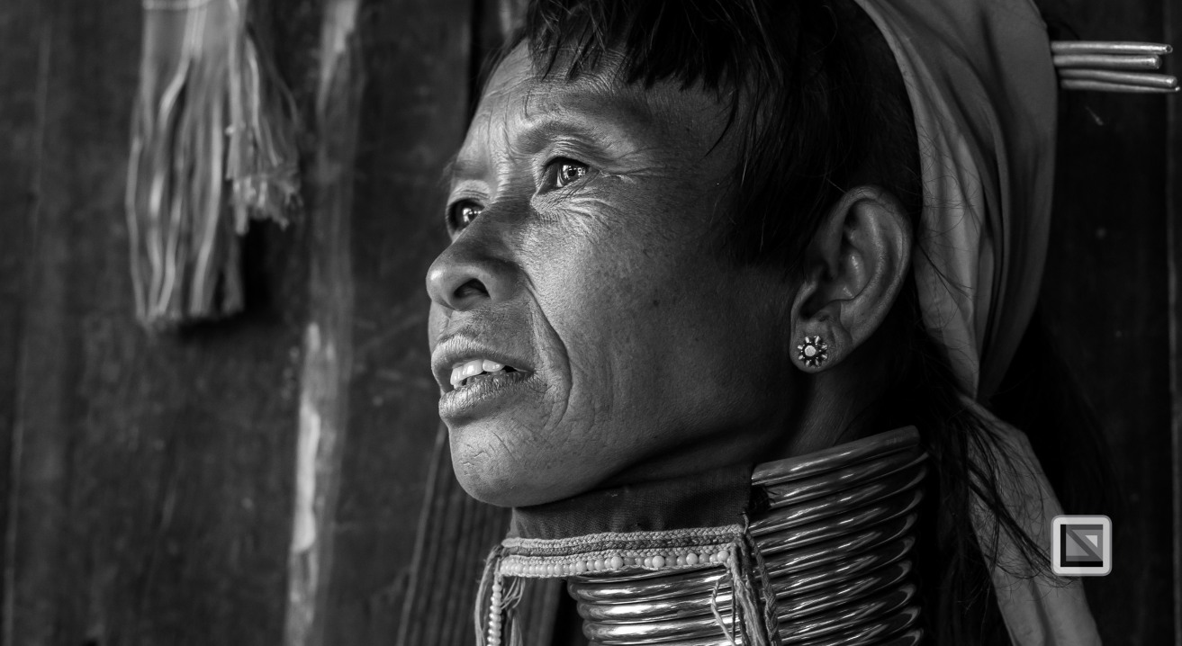 Padaung black n white portraits-24