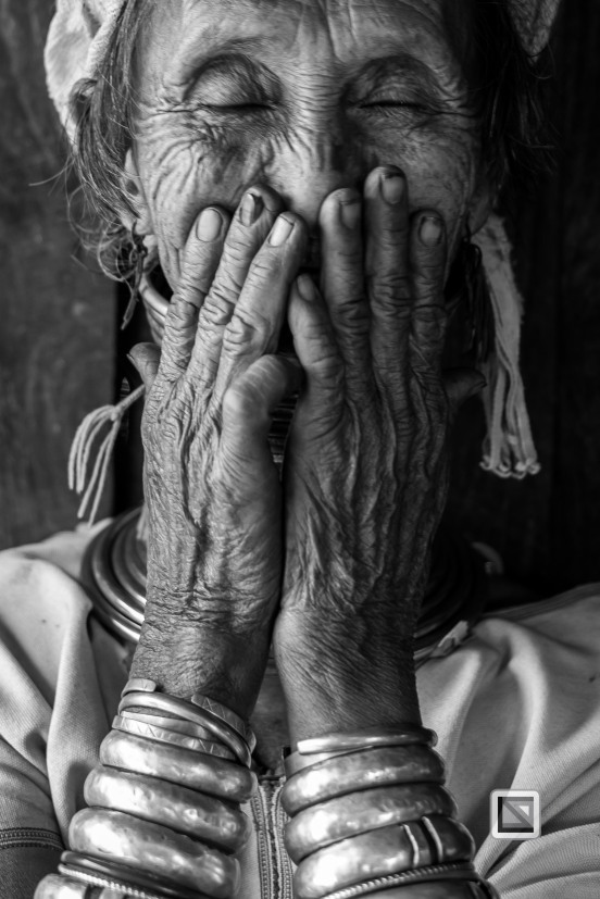 Padaung black n white portraits-25
