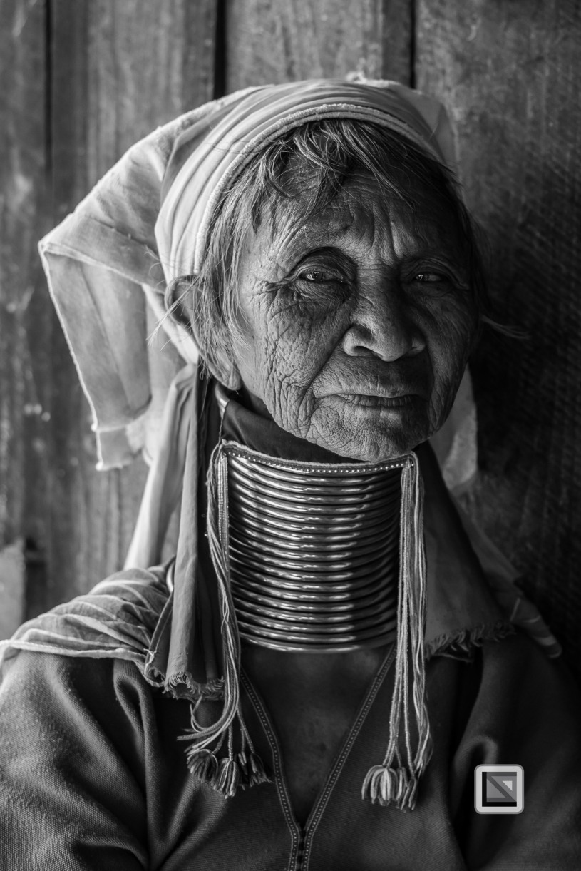Padaung black n white portraits-28
