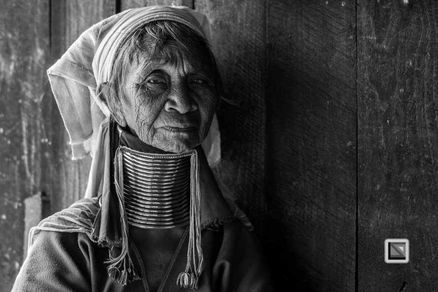 Padaung black n white portraits-30