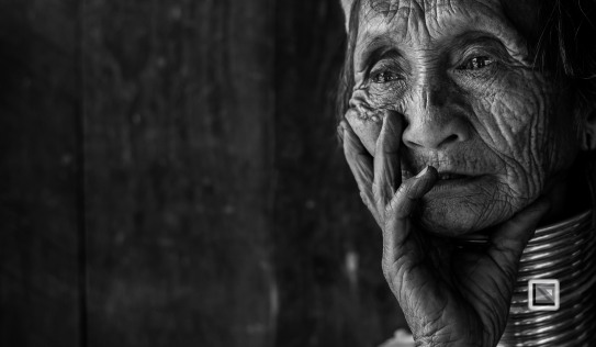 Padaung black n white portraits-33
