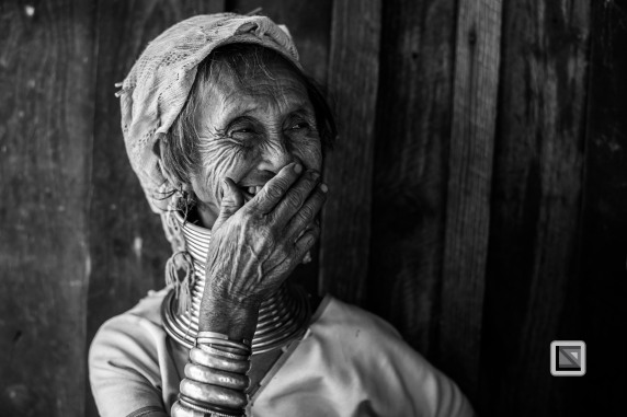 Padaung black n white portraits-37