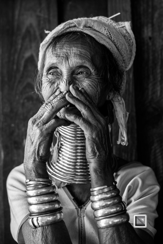 Padaung black n white portraits-40