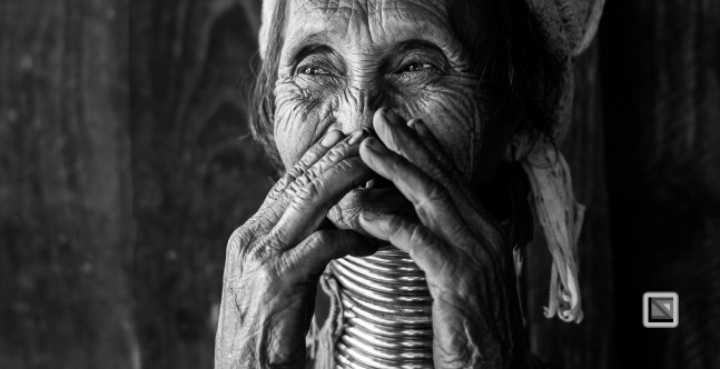 Padaung black n white portraits-41