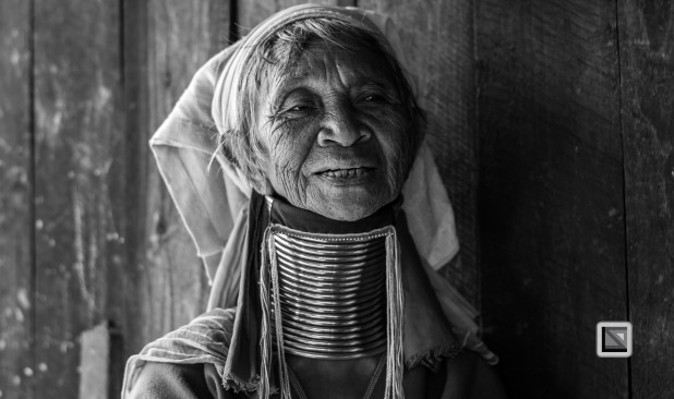 Padaung black n white portraits-42