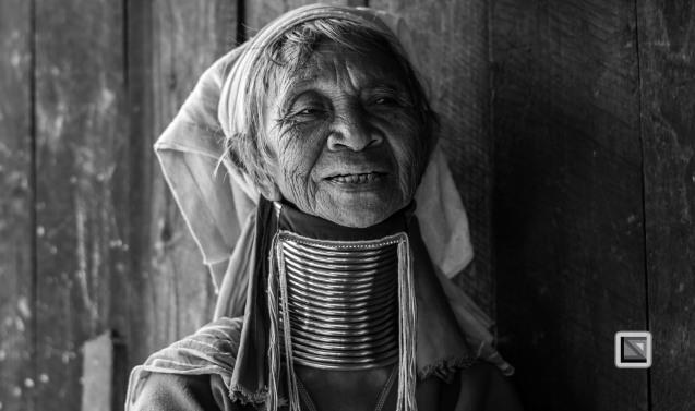Padaung black n white portraits-42