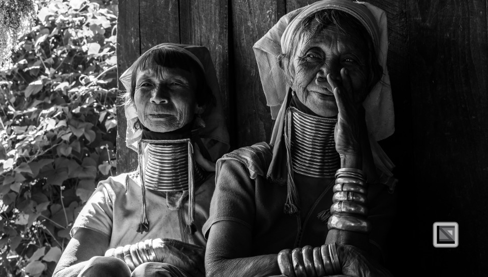 Padaung black n white portraits-50