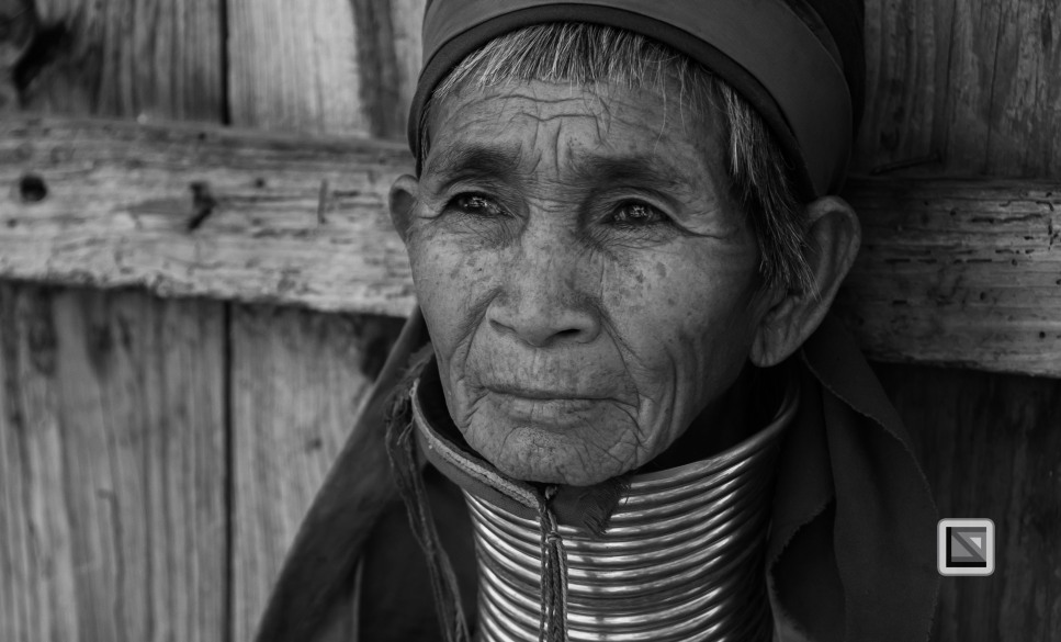 Padaung black n white portraits-58