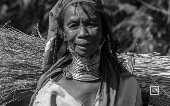 Padaung black n white portraits-62