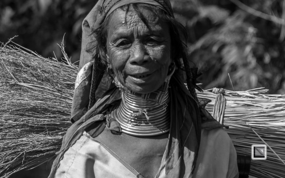 Padaung black n white portraits-62