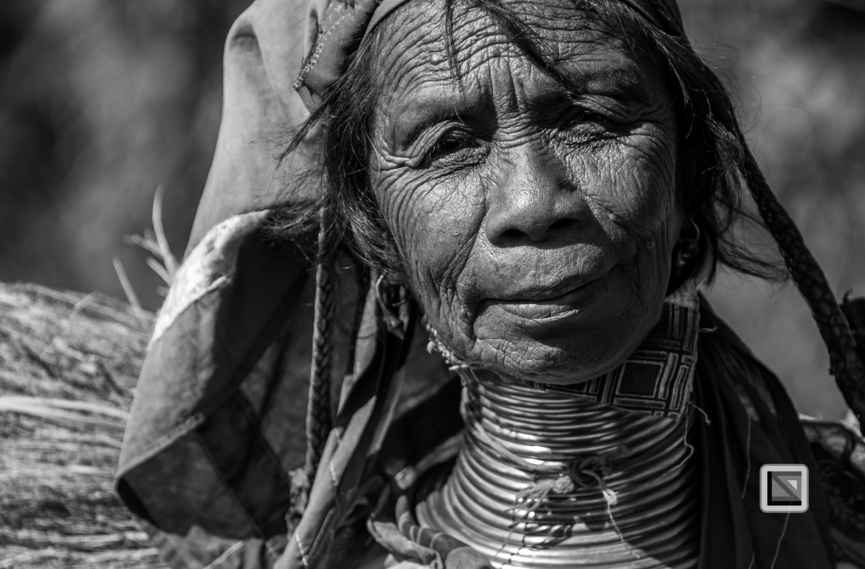 Padaung black n white portraits-69