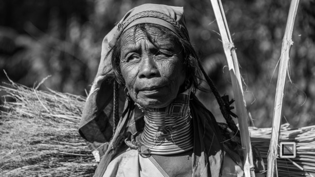 Padaung black n white portraits-75