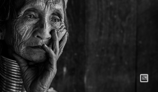 Padaung black n white portraits-78