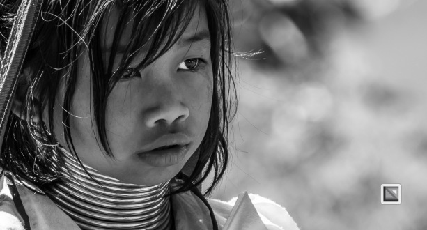 Padaung black n white portraits-8