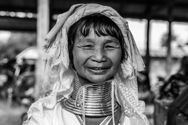 Padaung black n white portraits-81