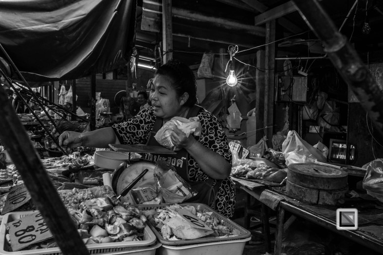 Maeklong Train Market Black and White-10