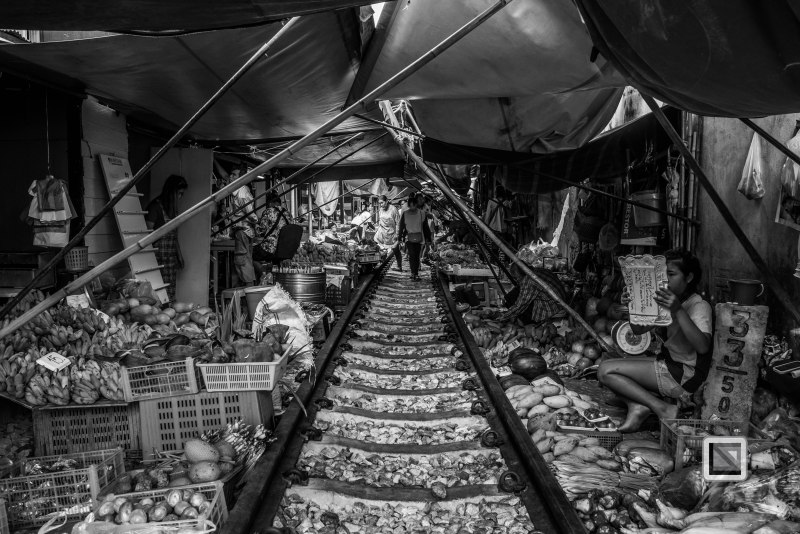 Maeklong Train Market Black and White-5