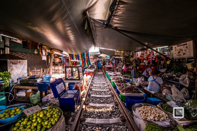 Maeklong Train Market Color-13
