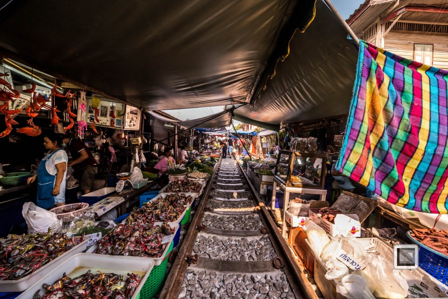 Maeklong Train Market Color-14