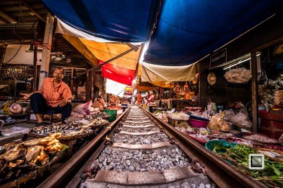Maeklong Train Market Color-19