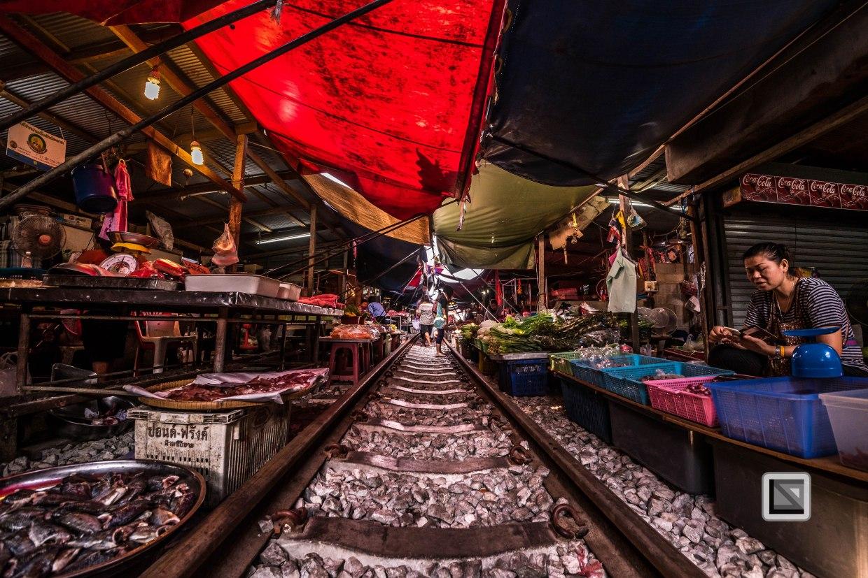 Maeklong Train Market Color-20