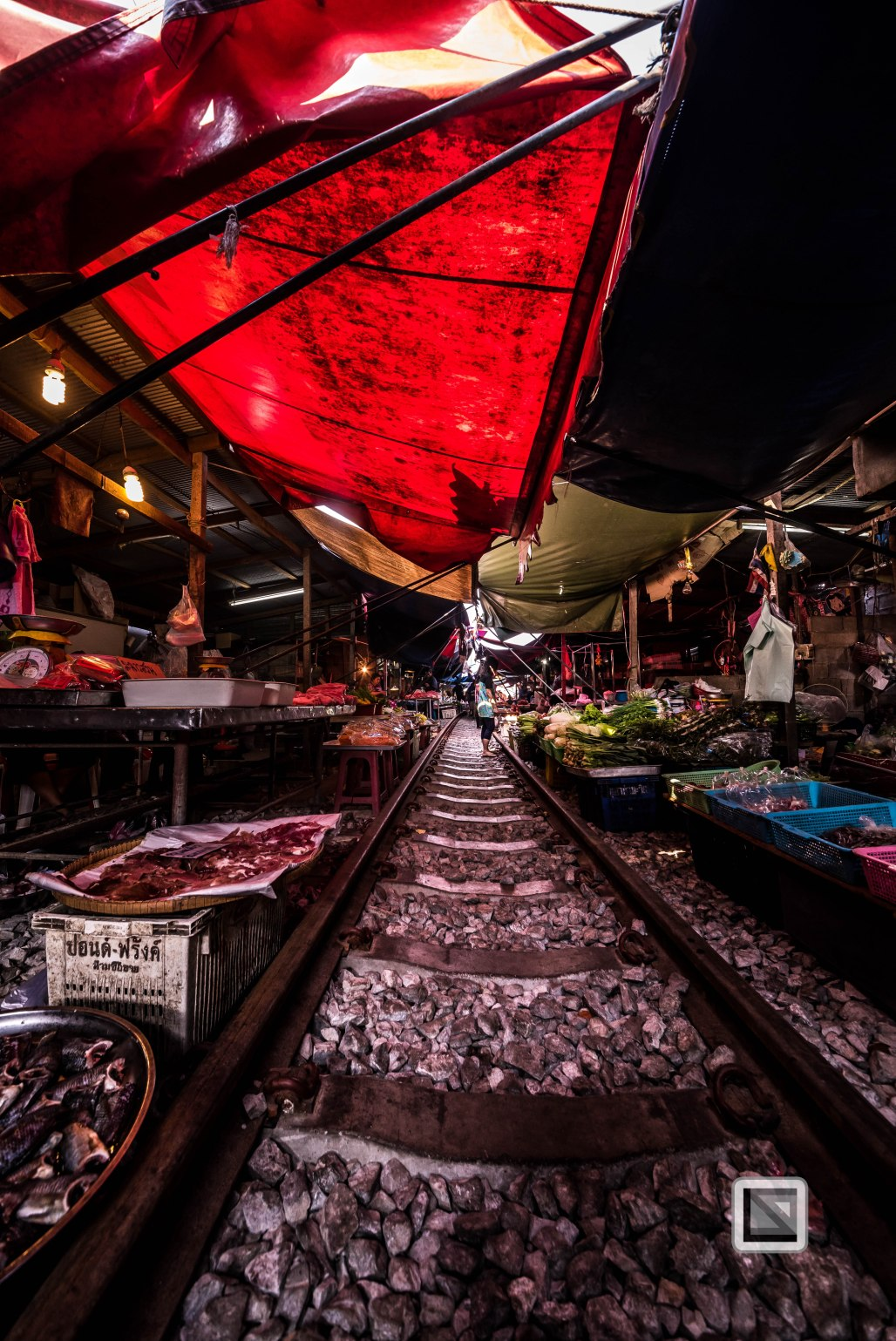 Maeklong Train Market Color-22