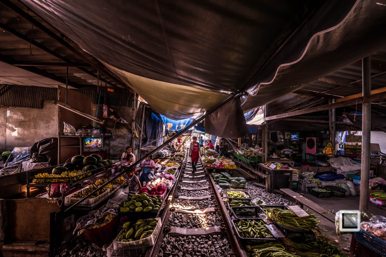 Maeklong Train Market Color-23