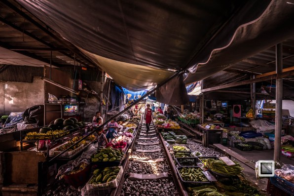 Maeklong Train Market Color-23