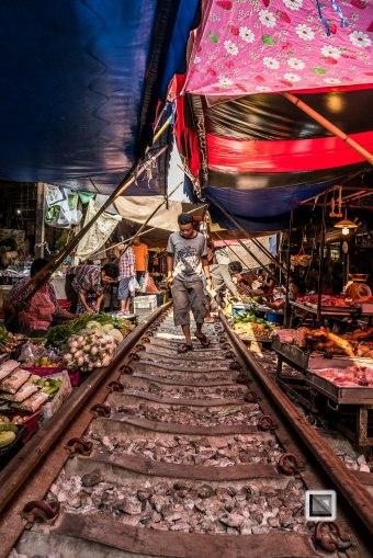 Maeklong Train Market Color-6