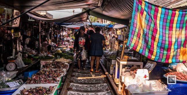 Maeklong Train Market Color-7