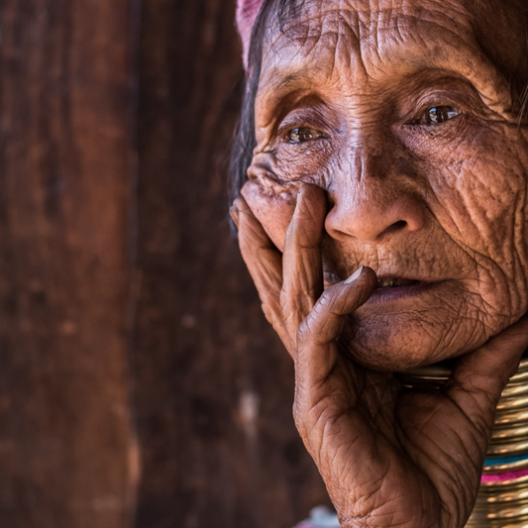 faces of asia -Padaung color portraits-50