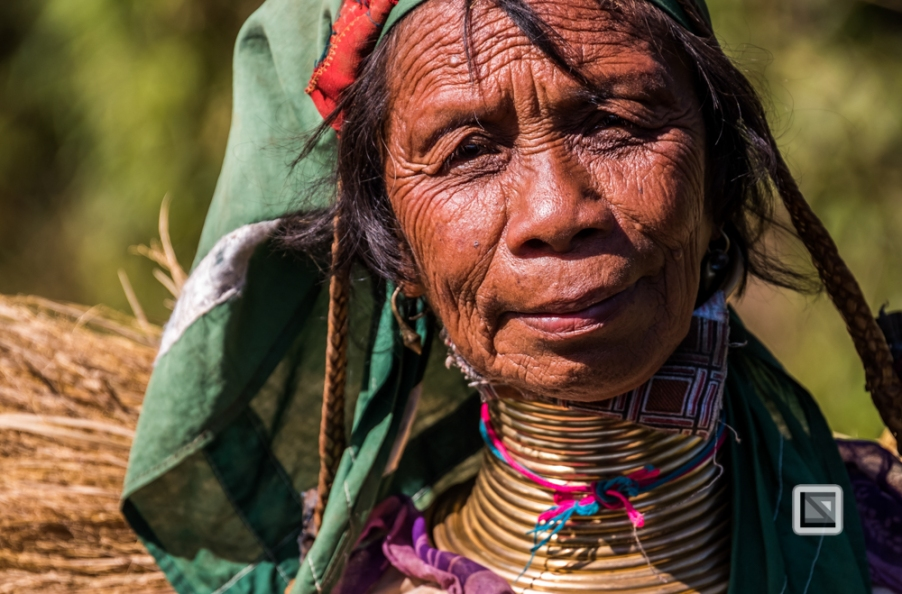 faces of asia -Padaung color portraits-80