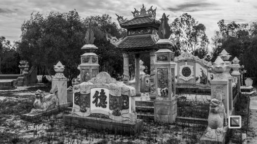 Cementry-Hue_Area-Vietnam-15
